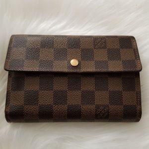 Louis Vuitton damnier wallet